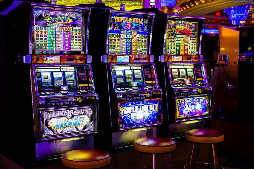 Слот автоматы машина снов игровые автоматы карты играть бесплатно покер
